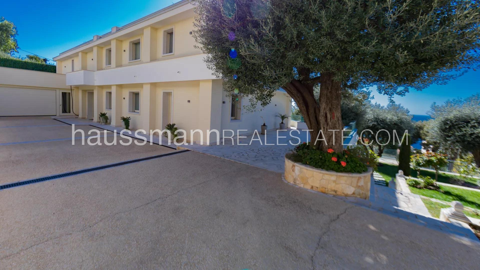 Buying Villa Cap-d'Ail Large modern villa with caretaker's cottage, at the gateway to Monaco