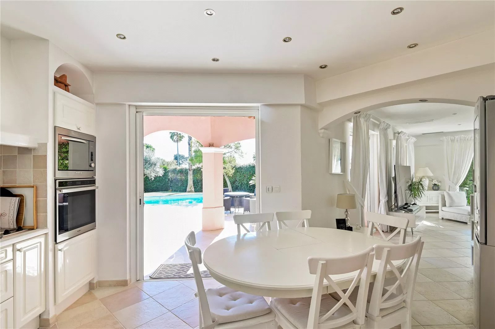 Buying Villa Cap d'Antibes Charming four en suite bedroom villa with pool, ideally located for the beaches.