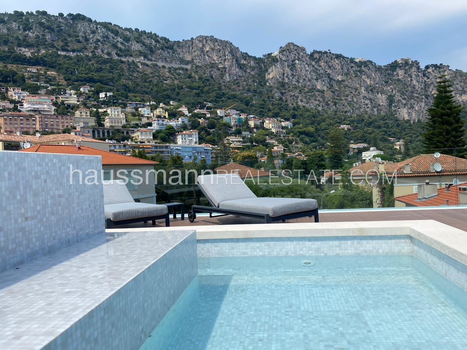 Buying Apartment Beaulieu-sur-Mer Duplex in center town with pool, at 2 steps from the port