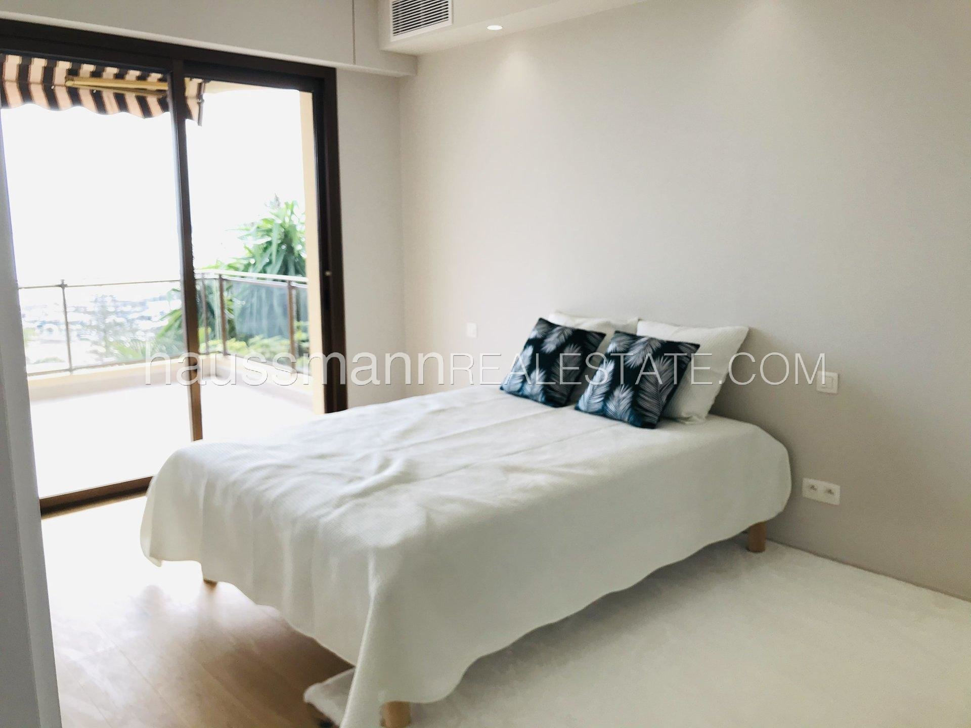 Buying Apartment Beaulieu-sur-Mer Cosy panoramic sea view apartment at only 2 steps from beaches and harbor