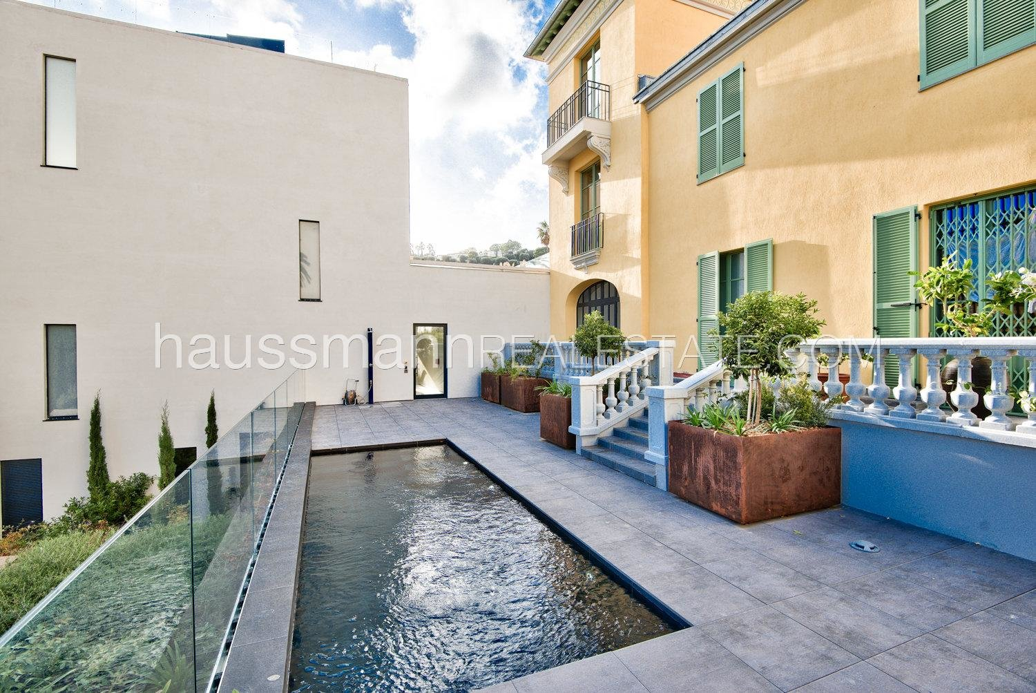 Buying Apartment Beaulieu-sur-Mer Brand new apartment in the heart of town with swimming-pool