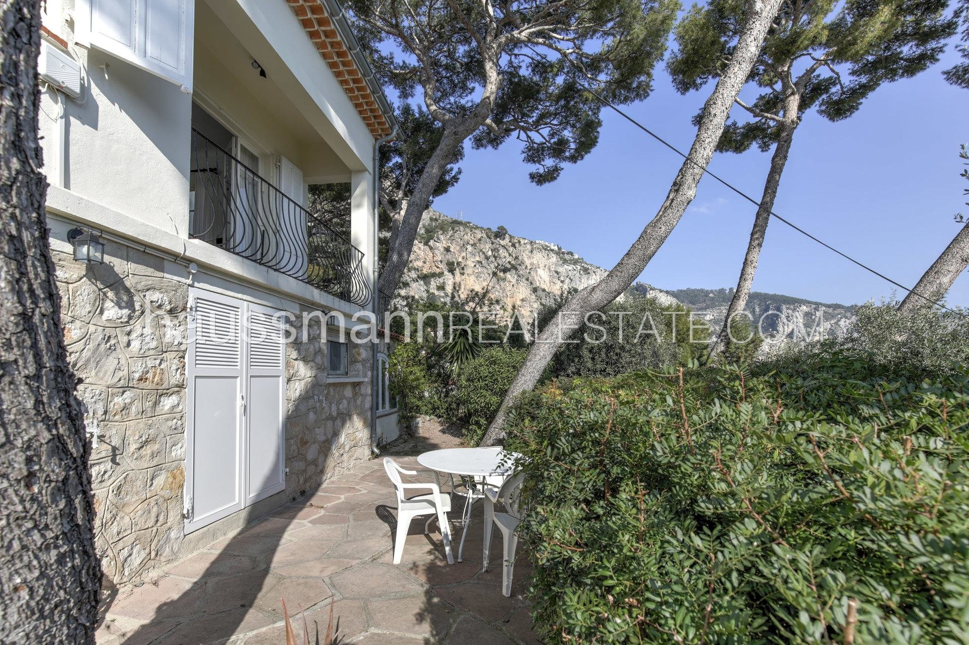 Buying Villa Èze Panoramic Sea view provencal house