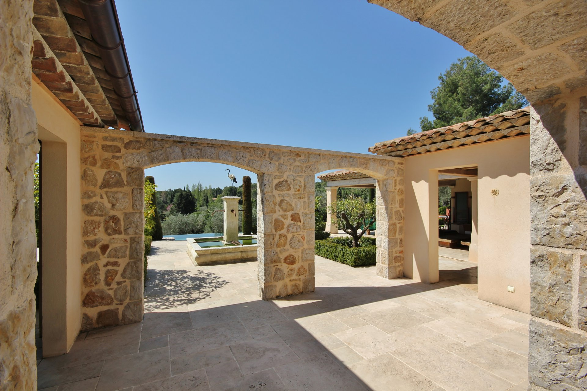 Buying Villa Mouans-Sartoux Elagance and charm  close to golfs