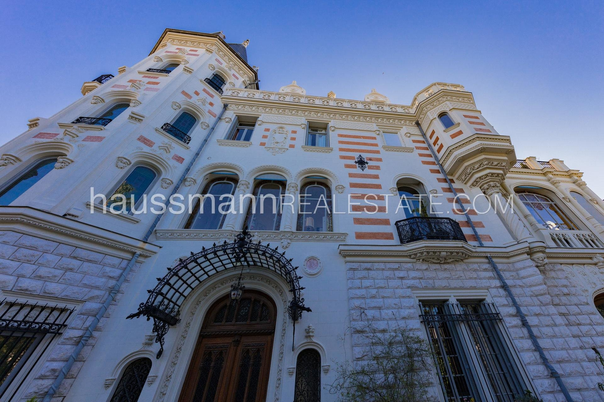 Buying Apartment Nice Duplex of 144 M2 with terraces and garden