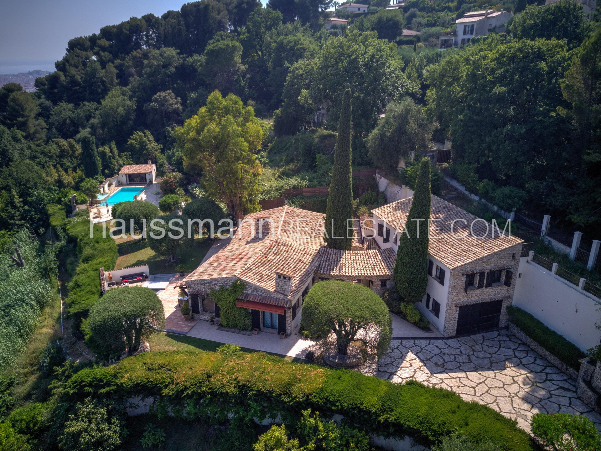 Buying Villa Nice Unique property in a green setting