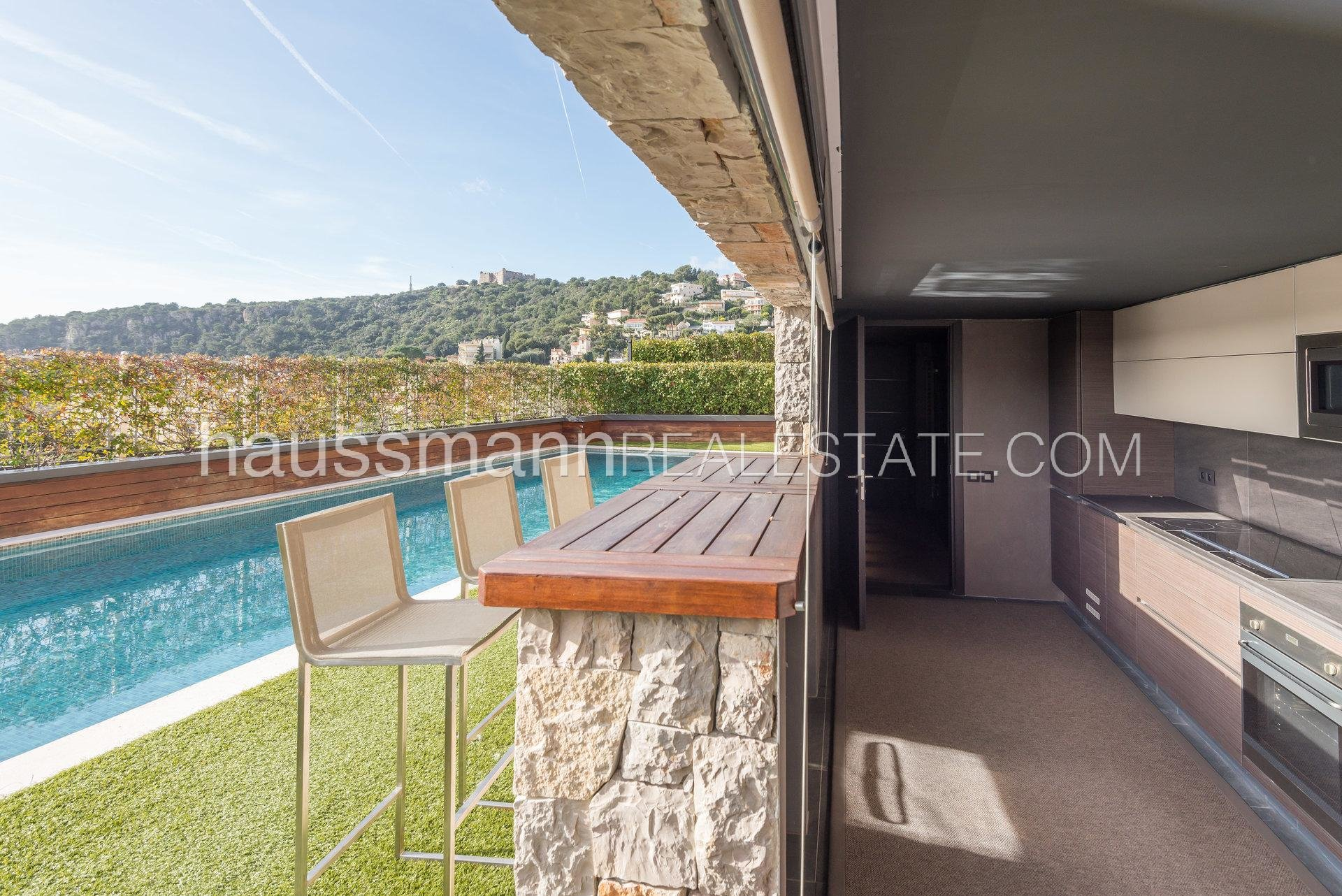 Buying Villa Villefranche-sur-Mer Contemporary Style Town House with Sea Panoramas