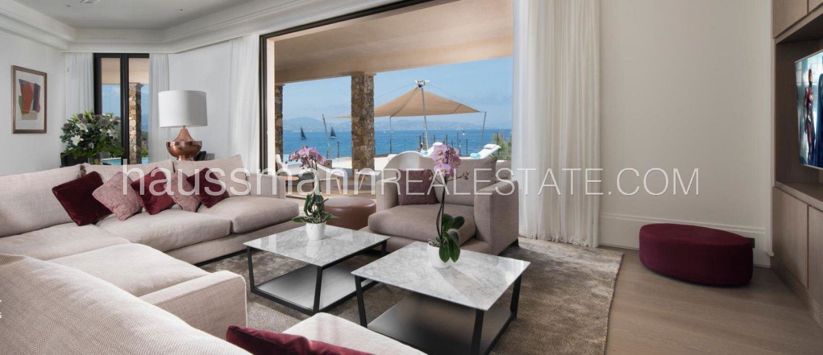 Rental Villa Saint-Tropez Water's Edge Property with hotel services included