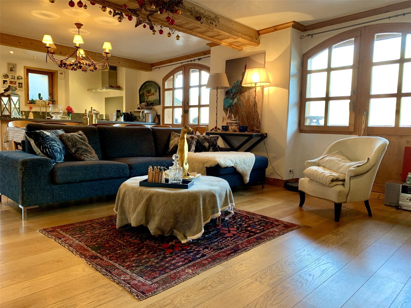 Buying Villa Méribel Traditional 4 bedroom chalet with parking, ideally placed for the slopes.