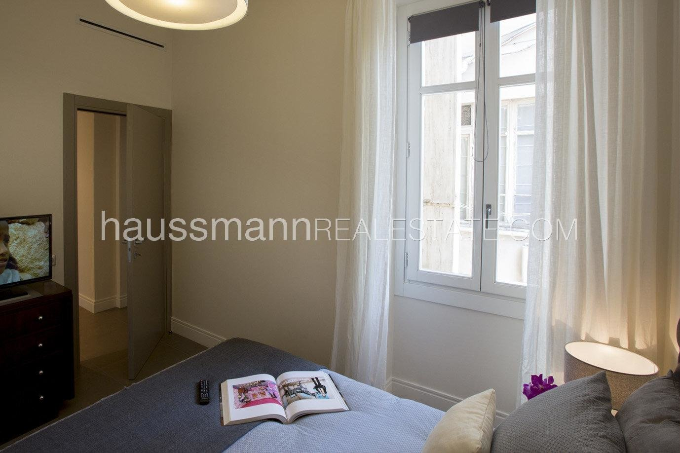 Buying Apartment Nice Carré d'or nearby the Promenade des Anglais