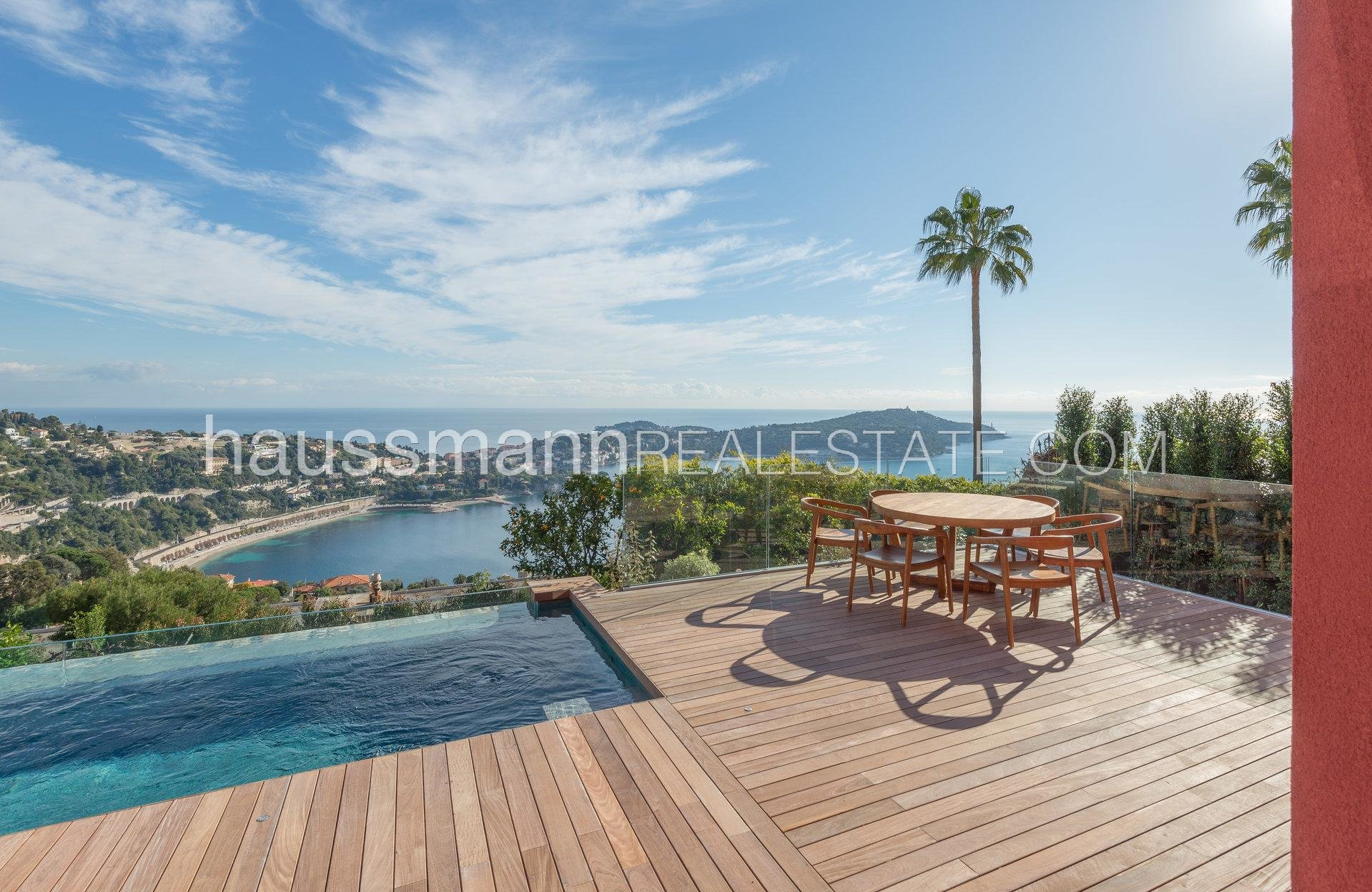 Buying Villa Villefranche-sur-Mer New Furnished Villa Overlooking the Bay and the Cap