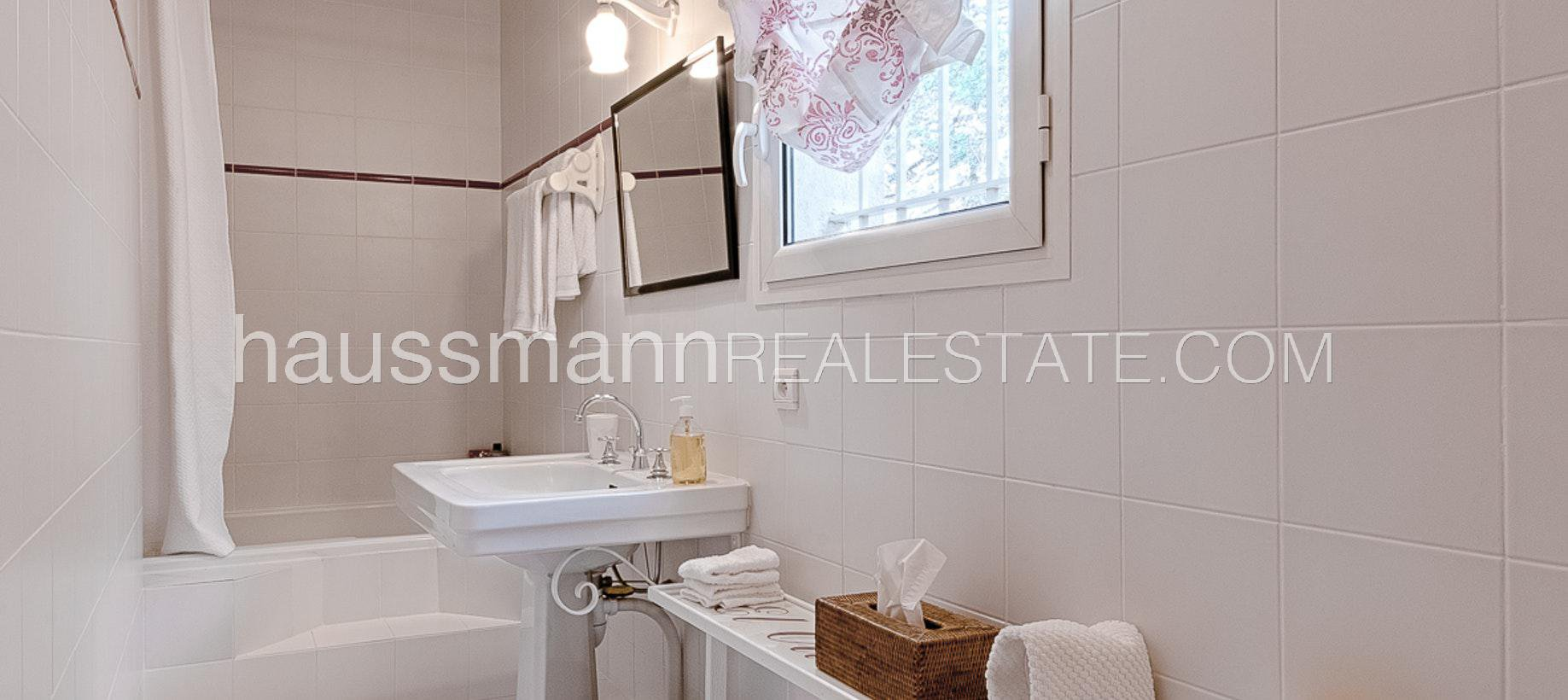 Rental Villa Villefranche-sur-Mer Lovely provencale sea view house with swimming-pool