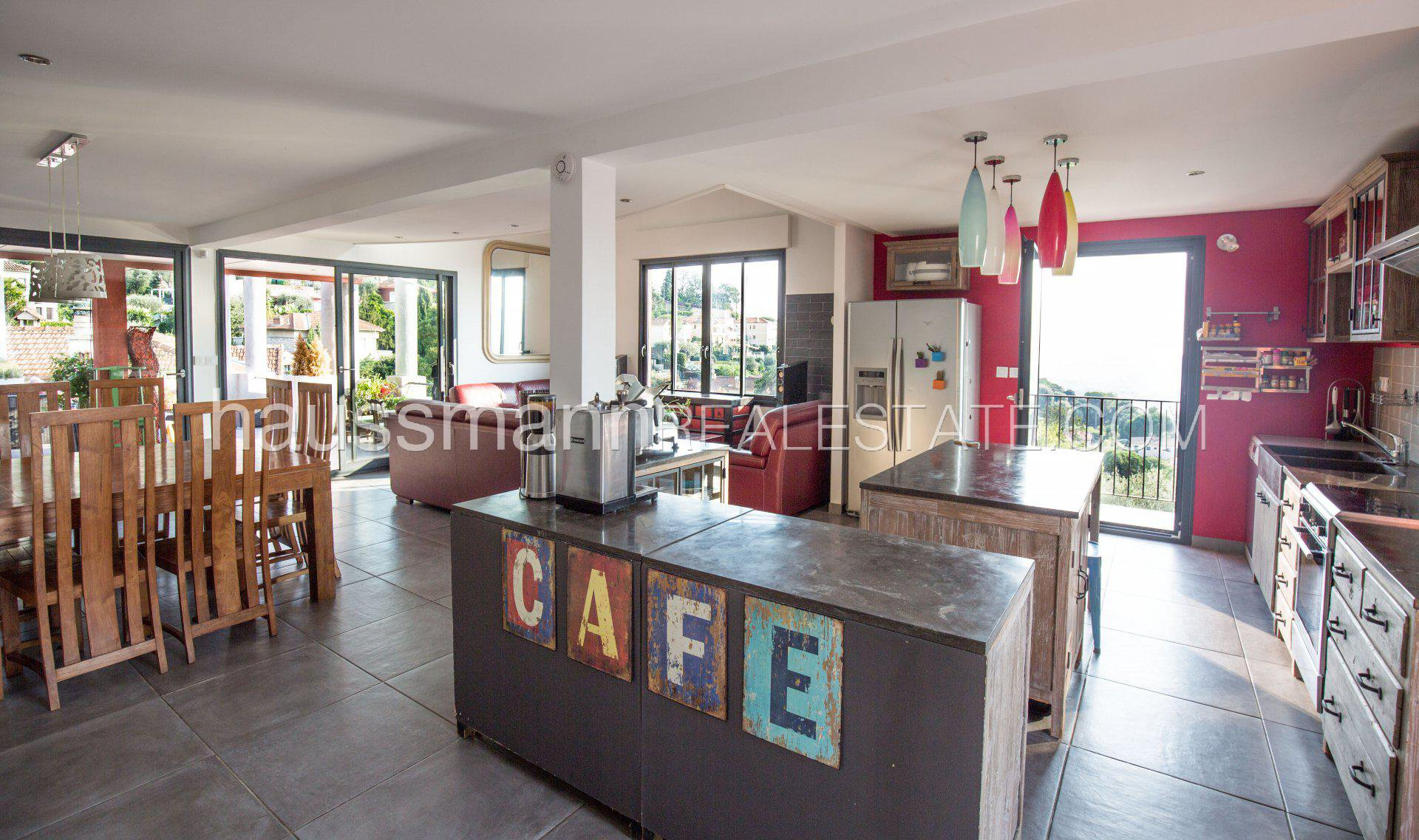 Buying Villa Nice 1930's Riviera style house overlooking the bay of Nice
