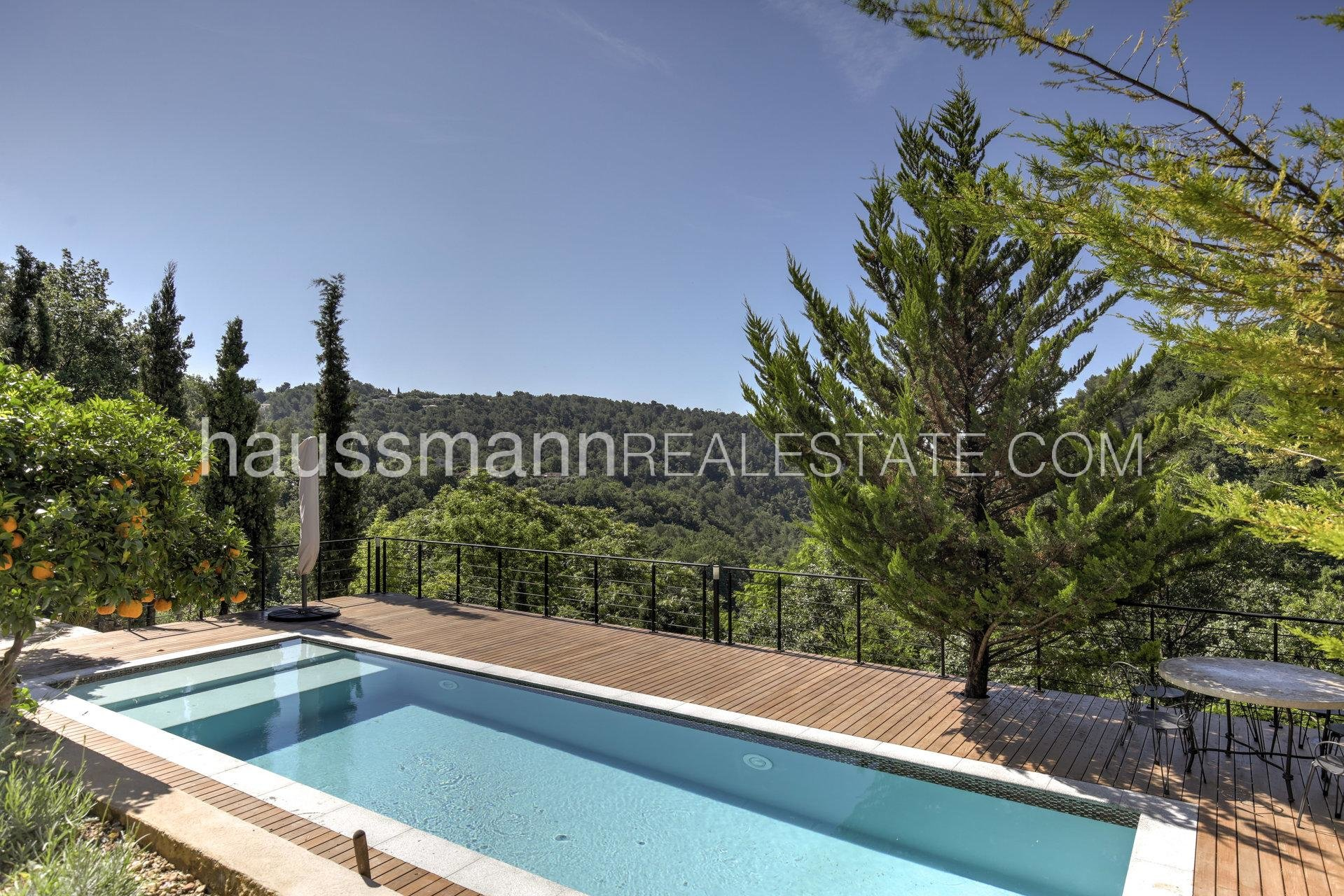 Buying Villa Saint-Jeannet Unique fully renovated property