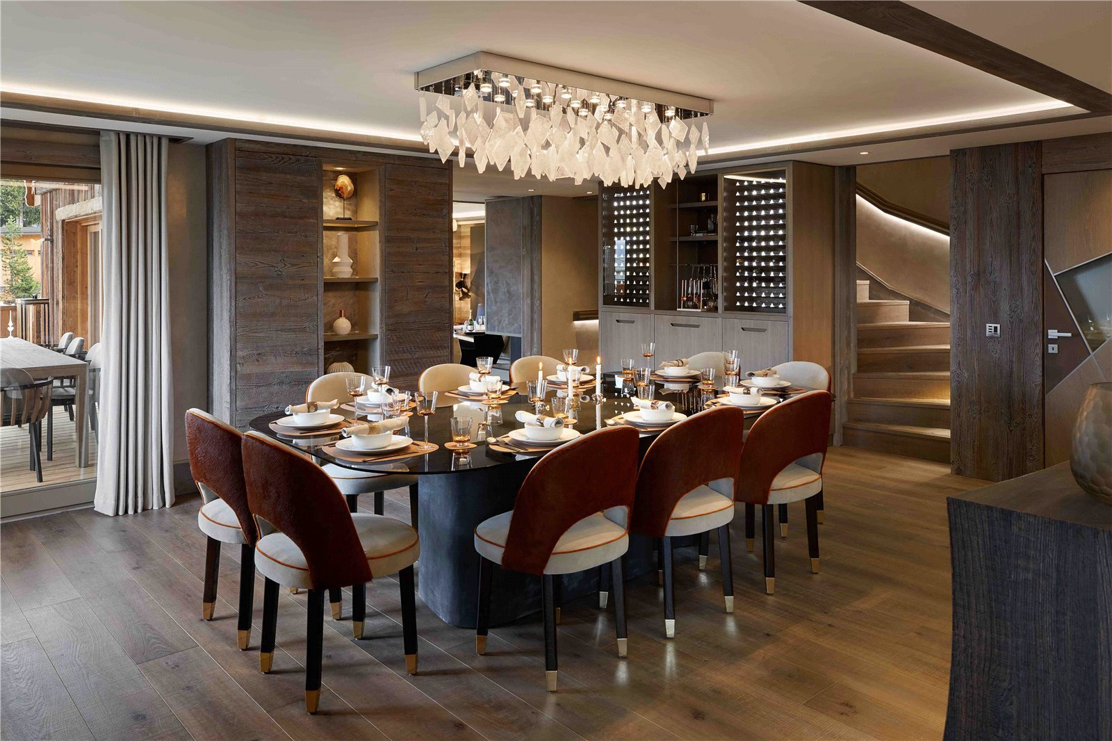 Buying Villa Courchevel Exquisite 5 bedroom chalet set in the heart of the prestigious and exclusive ski resort Six Senses in the French Alps.