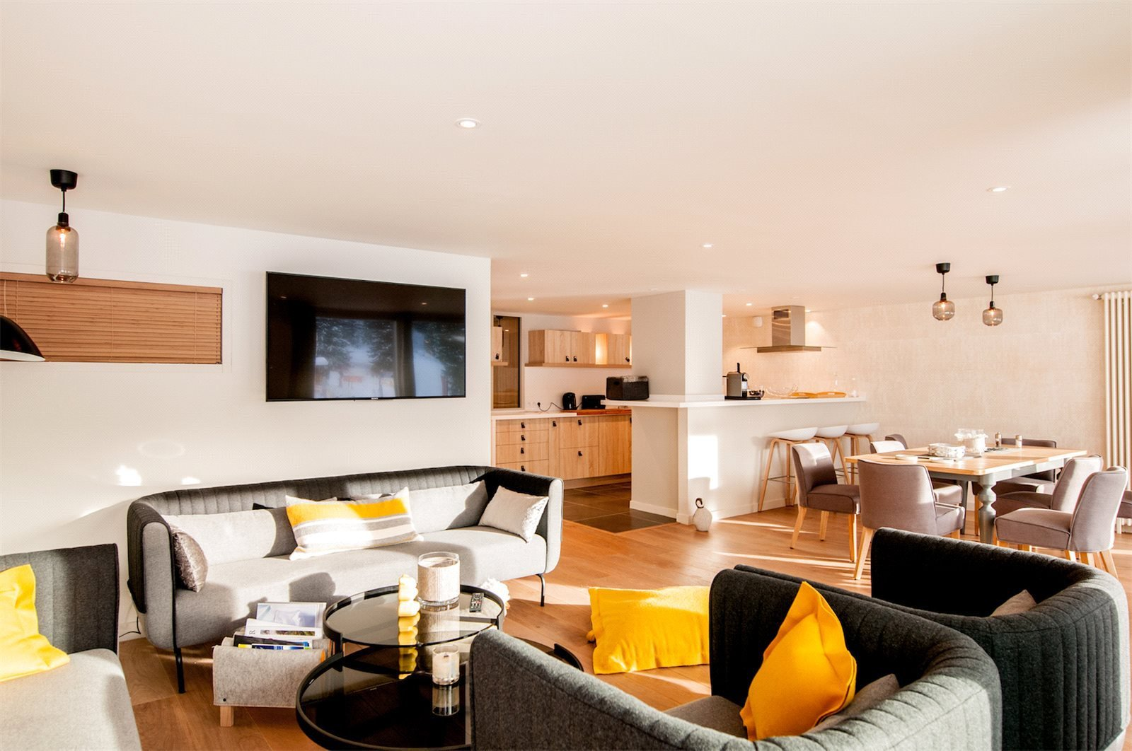 Rental Apartment Courchevel Well presented 4 bedrooWithin a private residence of high standing in the heart of Courchevel resort