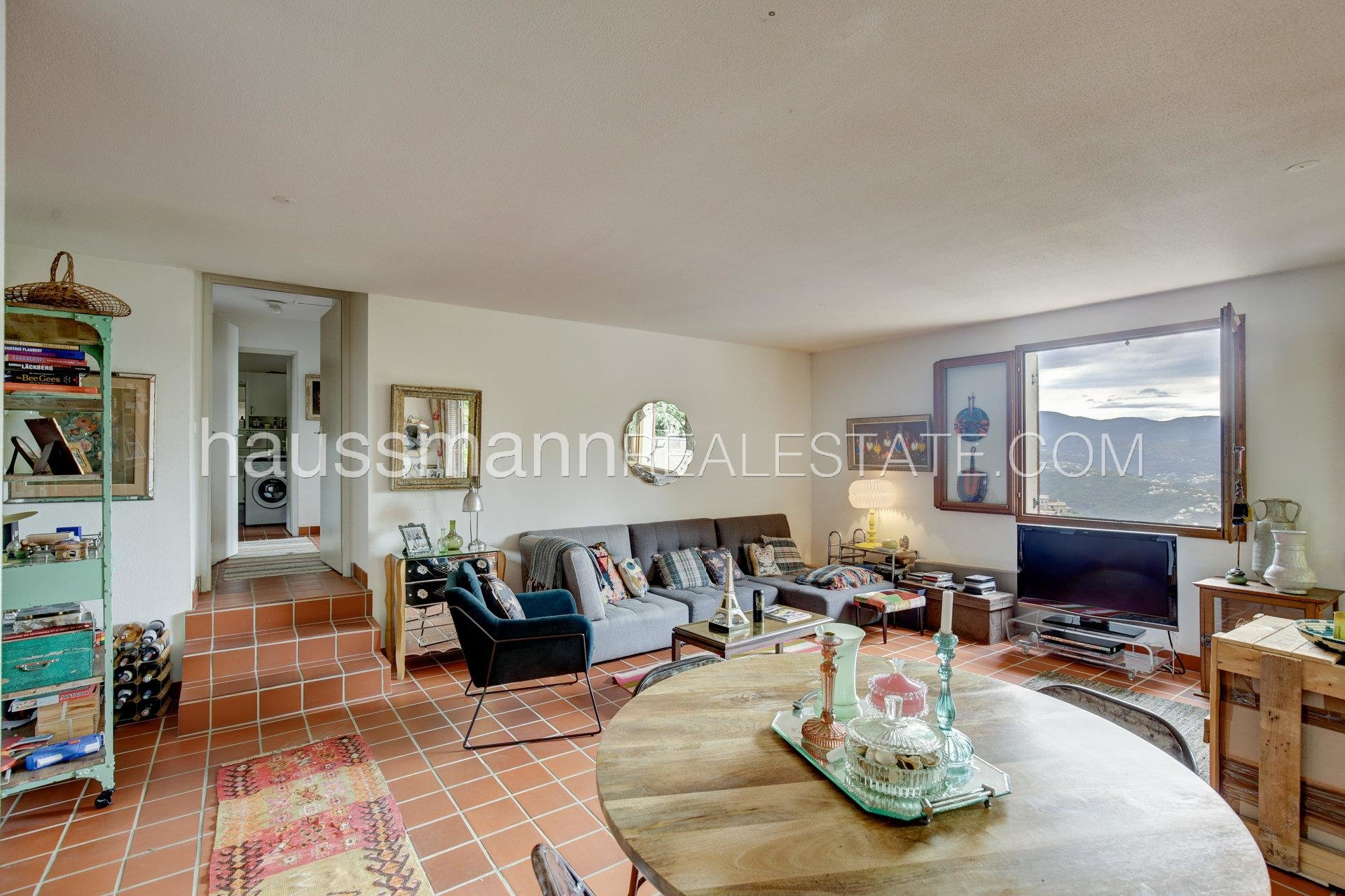 Buying Apartment Le Broc Top floor with panoramic terrace