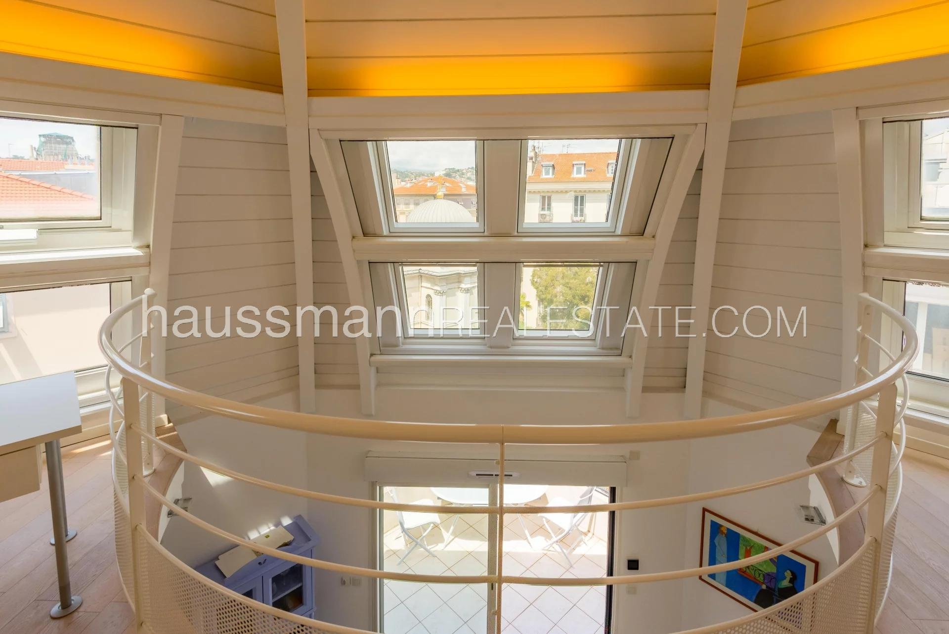 Buying Apartment Nice Penthouse with a Cupola in the Town Centre