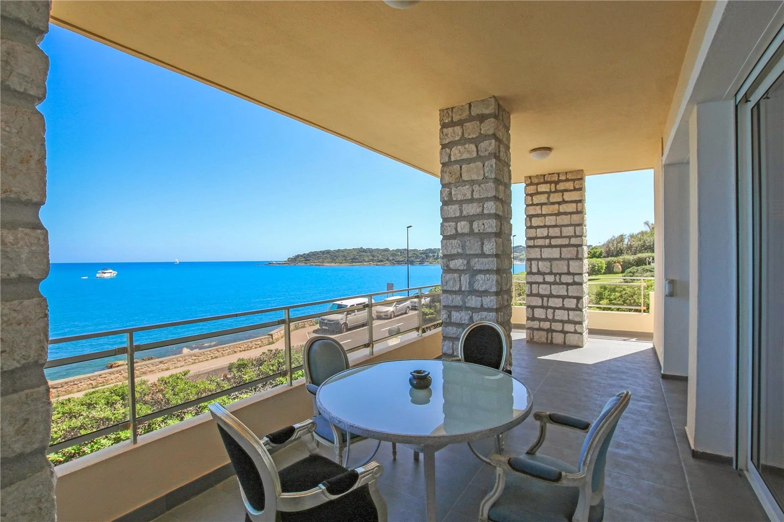 Buying Villa Cap d'Antibes Facing the sea, charming four en suite bedroom villa with pool, pool house and garage.