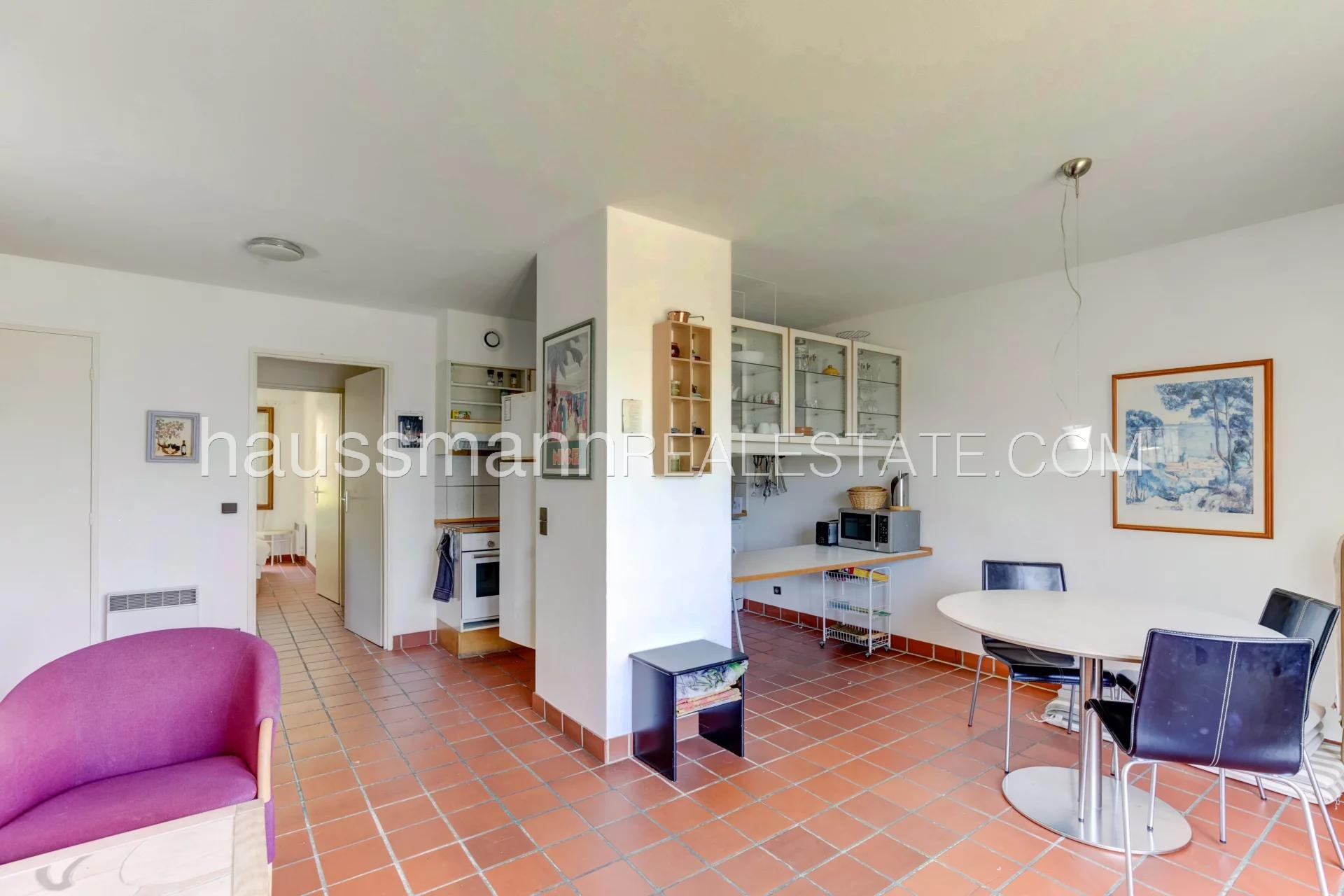Buying Apartment Le Broc 2 bedrooms flat with panoramic view on the hills