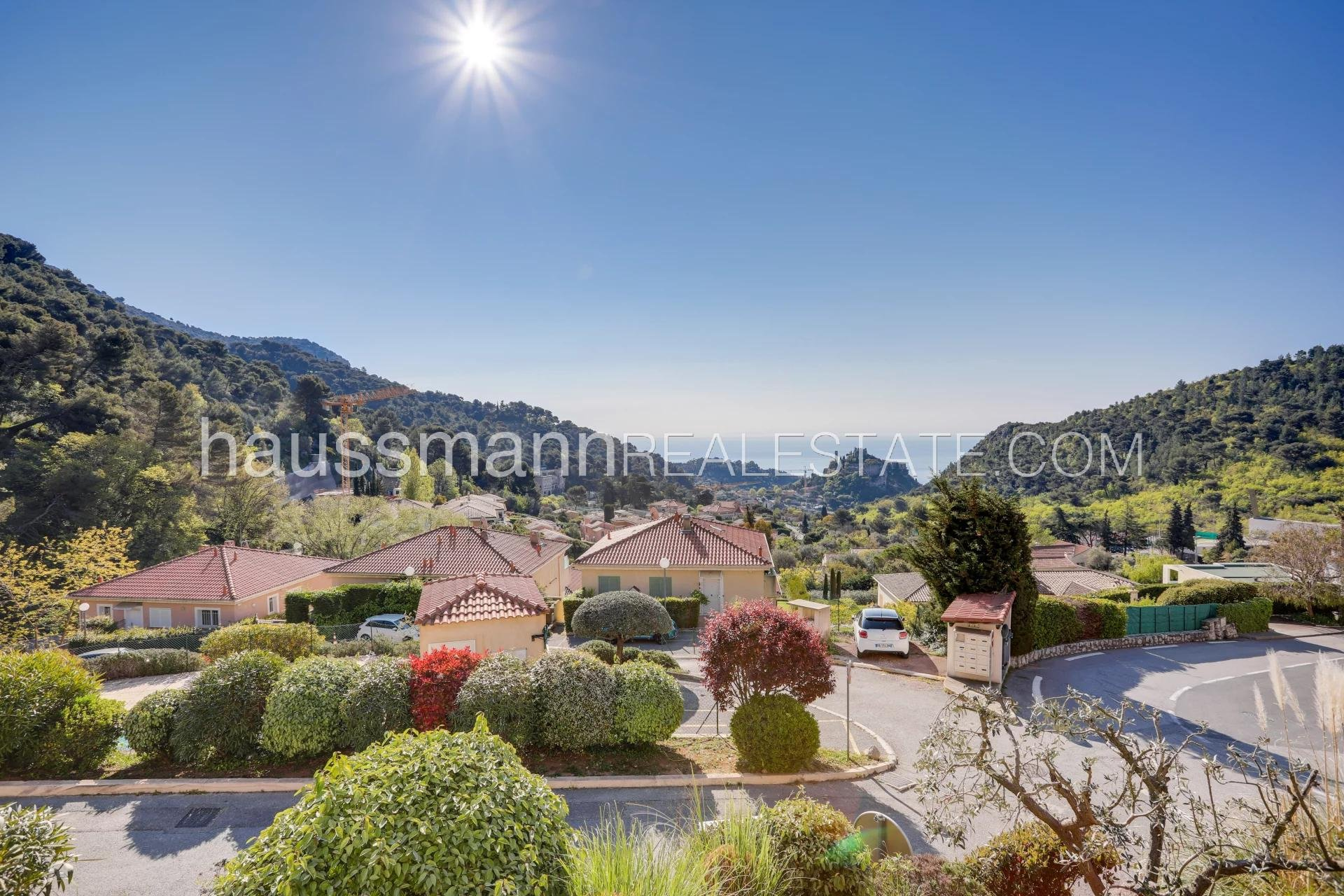 Buying Apartment Èze renovated 3 bedrooms with sea view