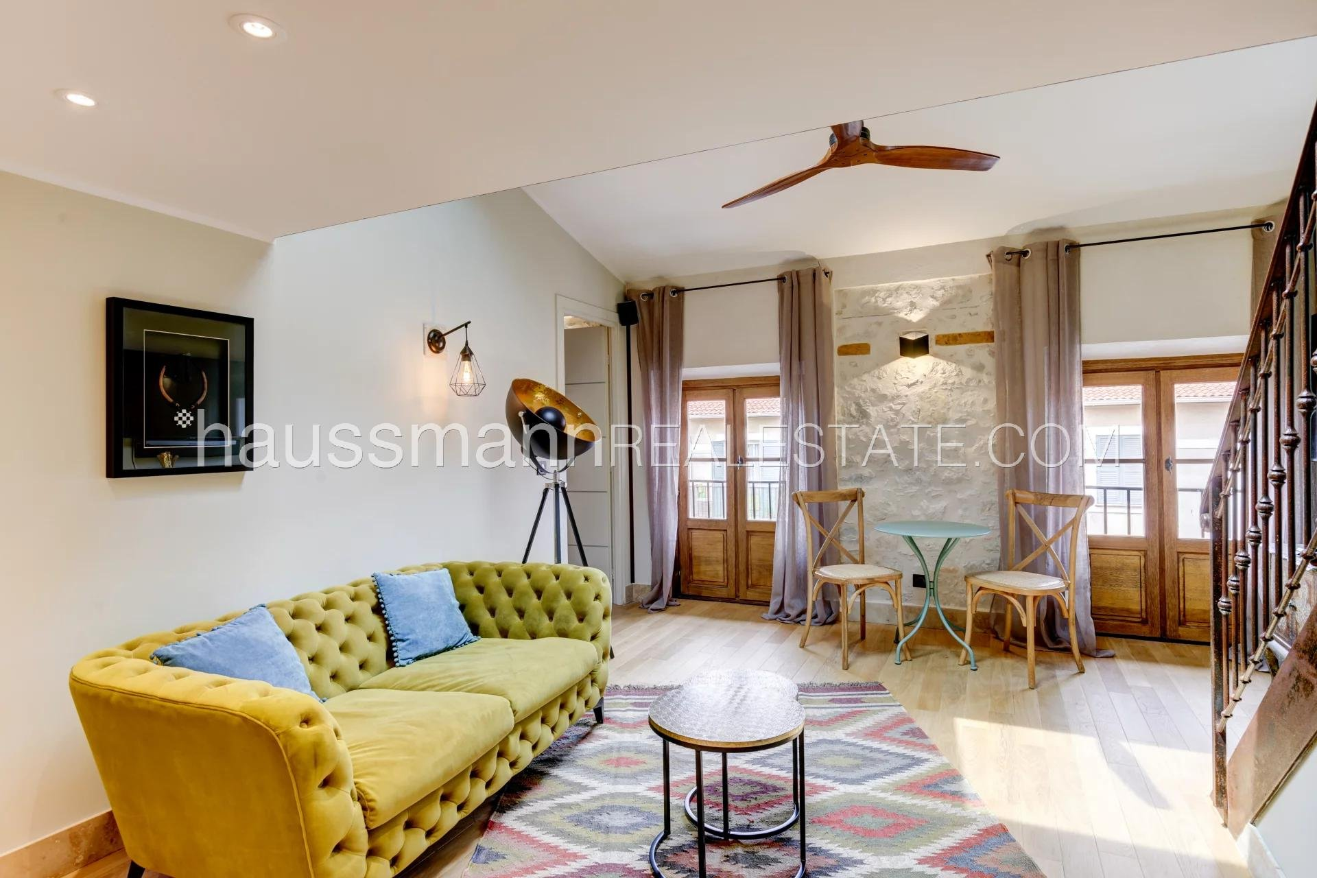 Buying Apartment Nice Charming apartment in trendy area