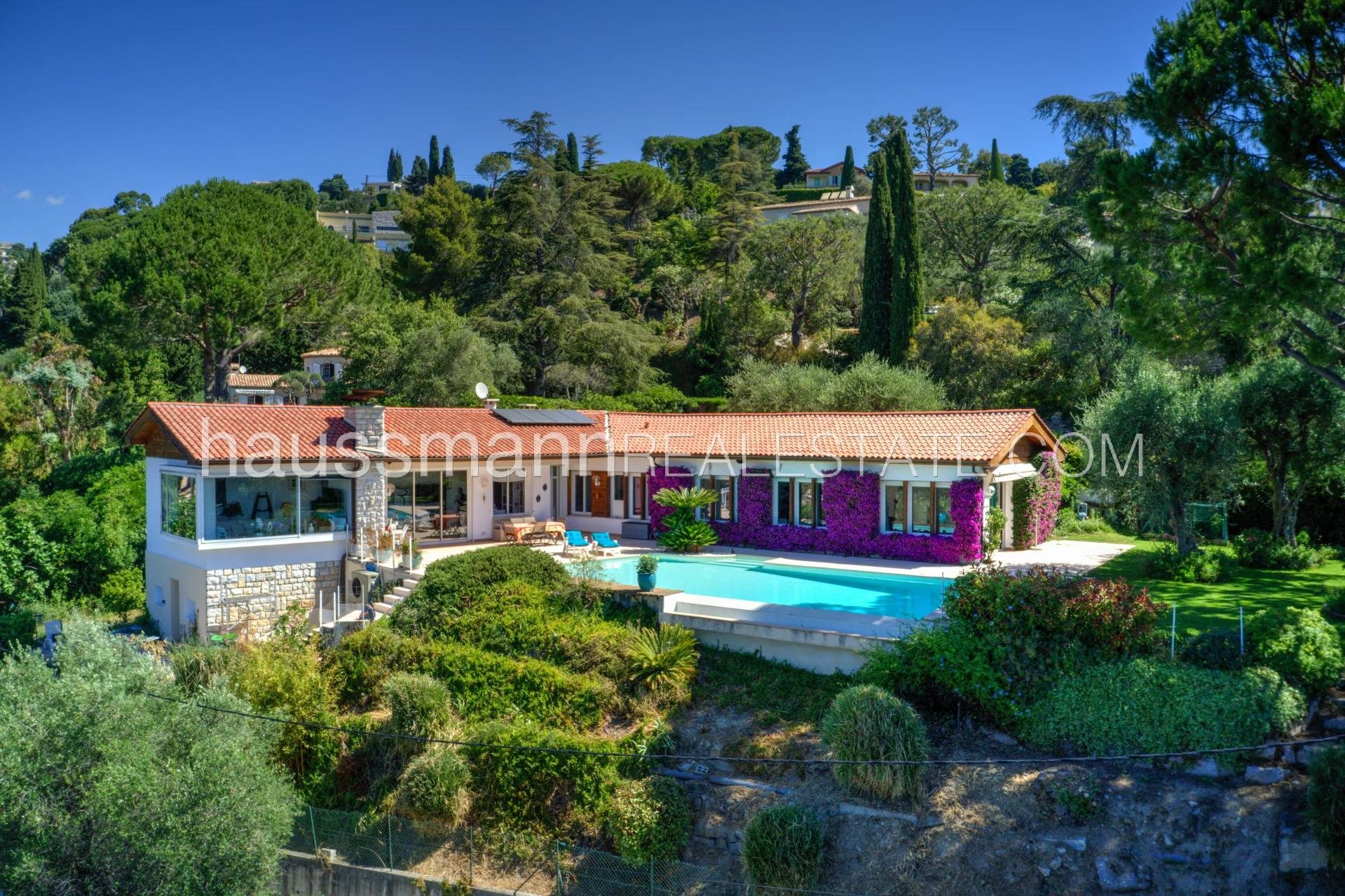 Buying Villa Nice Secure Domain with panoramic views