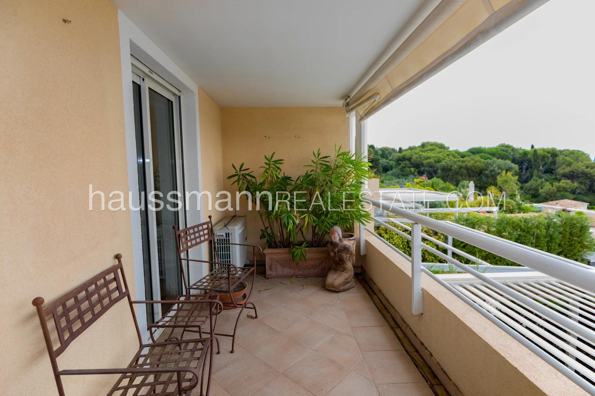Buying Apartment Cap-d'Ail Duplex with panoramic sea view and large terrace