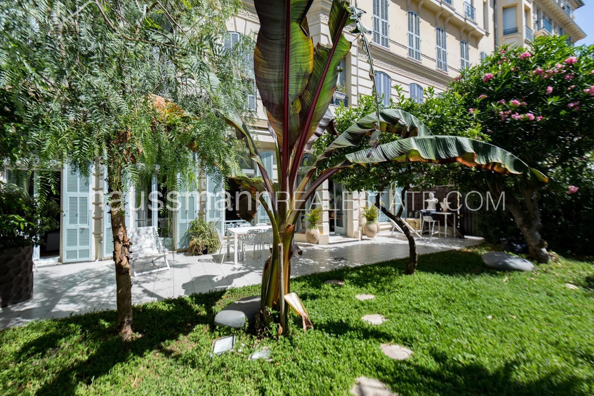 Buying Apartment Nice Bourgeois with a south-facing garden
