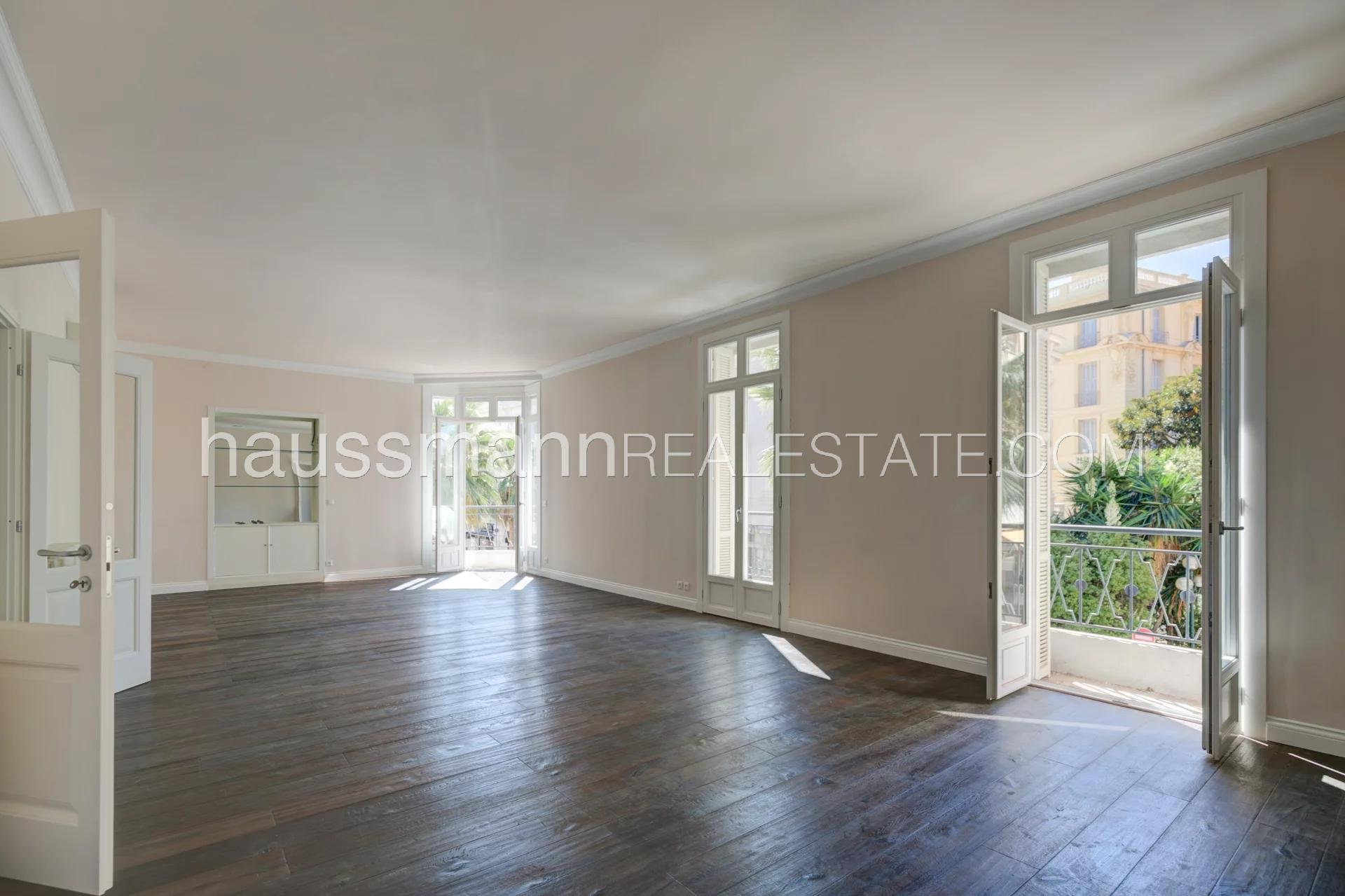 Buying Apartment Beaulieu-sur-Mer In the heart of the town close to the seaside